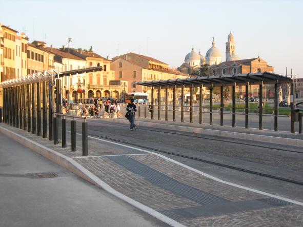 pensiline arredo urbano City Design