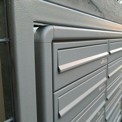 Casellario-postale-recinzione-particolare